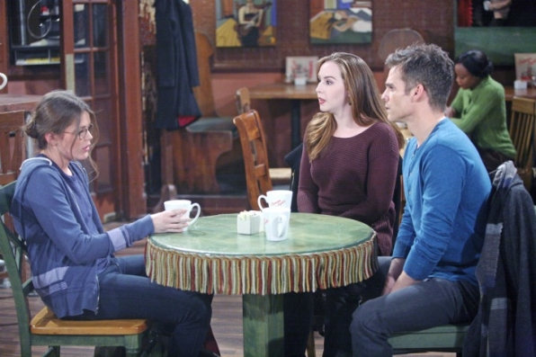 Kevin and Mariah grill Natalie about her deal with Newman.
