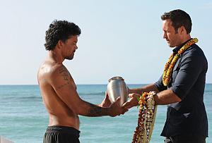 First Look: A McGarrett Goodbye On Hawaii Five-0