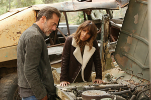 Between 2 Worlds On Extant\'s 2-Hour Episode