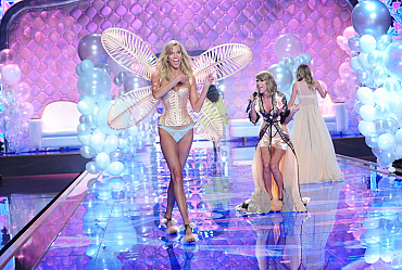 22 More Reasons Why The Victoria\'s Secret Fashion Show Is The Best Fashion Show