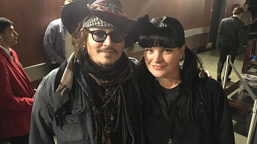 Pauley Perrette Shares Her GRAMMY VIP Access With Fans