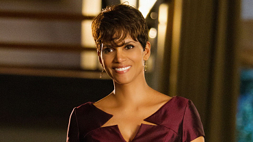 Molly Woods Is Unstoppable: 4 Reasons We Love Halle Berry\'s Extant Character