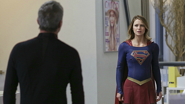 6 Burning Questions For The Supergirl Season Finale