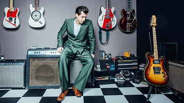 Who Is Mark Ronson? Get The Skinny On This British Super-Producer