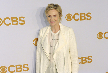 Jane Lynch Set To Host The 2016 People's Choice Awards On Jan. 6 At 9/8c