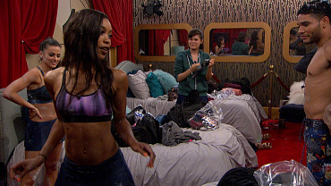 Watch The HGs Twerk It Out: Big Brother Season 18 Live Feed Highlight