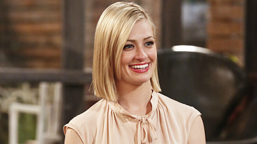 2 Broke Girls\' Beth Behrs Is Engaged To Longtime Beau Michael Gladis