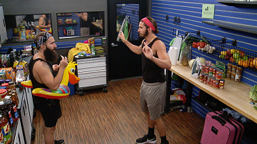Paul And Victor Disband The Executives On BB18