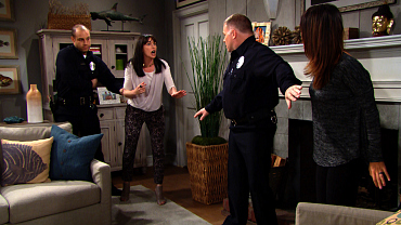 Quinn Breaks Into Steffy And Wyatt's House