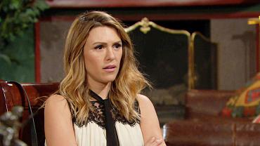 Y&R Recap: Will Chloe Hand Over Sage's Journal?