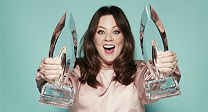 Melissa McCarthy Wins Two 2016 People's Choice Awards, Gushes Over Fans