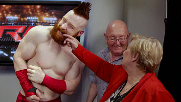 James Corden's Parents Crashed WWE Raw & Cozied Up To The Superstars