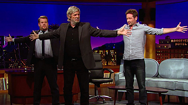 Jeff Bridges Taught James Corden & David Duchovny How To End Back Pain