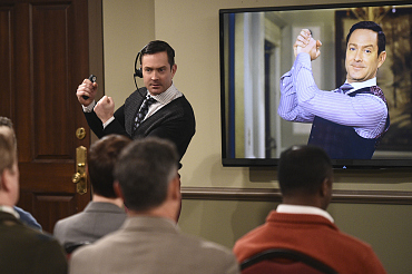 First Look: Oscar And Felix Run Against Each Other On The Odd Couple