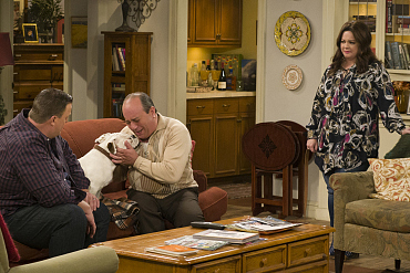 First Look: Mike Brings Home A Stray Puppy For The Weekend On Mike & Molly