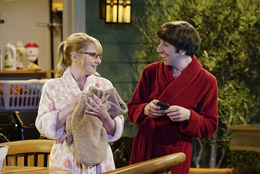 First Look: It\'s Out With The Old, In With The New On The Big Bang Theory