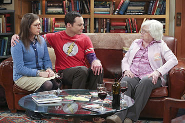 First Look: Amy Meets Sheldon\'s Meemaw On The Big Bang Theory