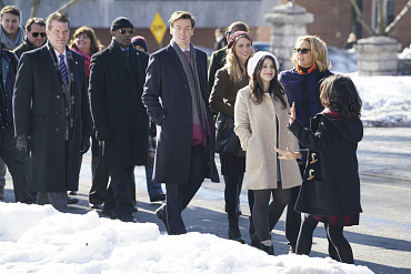 First Look: Elizabeth Navigates A Protest On Madam Secretary