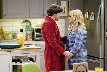 First Look: Howard And Bernadette Face Their Baby Fears On The Big Bang Theory