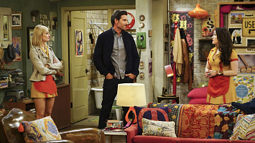 First Look: Max And Caroline\'s Apartment Almost Kills Randy On 2 Broke Girls