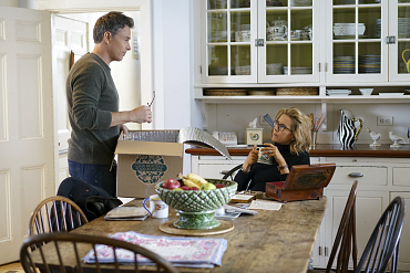 First Look: Tension Arises At Home On Madam Secretary