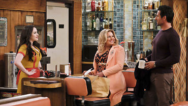 First Look: Max Has An Explosive Reaction When Randy Expresses His Love On 2 Broke Girls