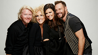 All The Most Stunning Portraits From The 2016 ACM Awards