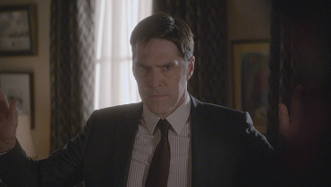 First Look: Hotch Is Under Attack In The Season Finale
