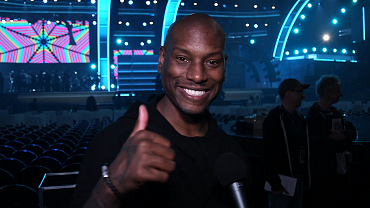 Catch Up With Tyrese Gibson At The 2016 GRAMMY Rehearsals