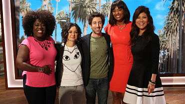 Simon Helberg Discusses The Big Bang Theory Season Finale On The Talk